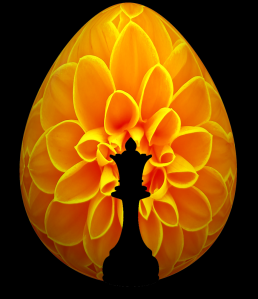Chess Queen Flower Easter Egg